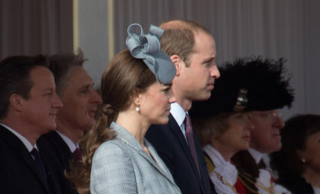 Kate Middleton Wardrobe Malfunction Reportedly Angers Queen Elizabeth II