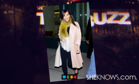 Kim Kardashian Gets Into a Kar Krash!!!
