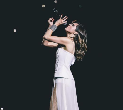 Selena Gomez Sings