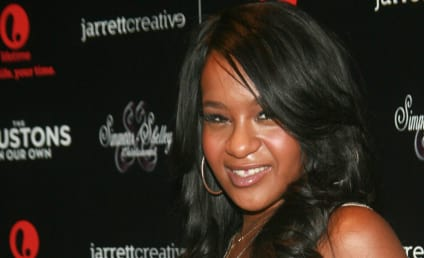 "Bobbi Kristina Brown Began to ""Self-Destruct"" the Day Whitney Houston Died, Source Claims"
