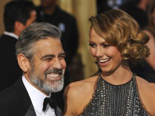 Stacy Keibler and George Clooney Pic