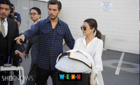 Kourtney Kardashian: Pregnant With Baby #3!