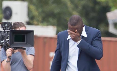 Idris Elba Crushes Dreams of Women Everywhere, Shoots Down Giant Penis Rumors