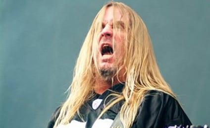 Jeff Hanneman Dies; Slayer Guitarist Was 49