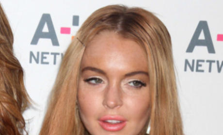 WTH Happened to Lindsay Lohan's Face? Again?