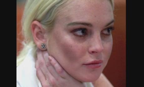 Lindsay Lohan Tweaks Over Stolen Purse