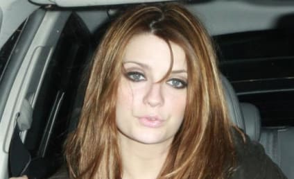 Cisco Adler, Mischa Barton Allegedly Eat in Restaurant