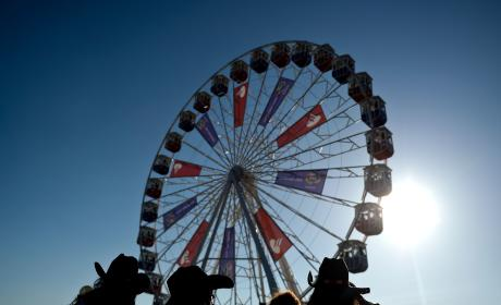 Ferris Wheel Tragedy: 3 Girls Fall From Ride, 1 In Critical Condition