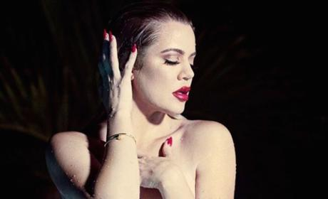 Khloe Kardashian Goes Topless, Likens Herself to Marilyn Monroe