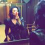 Demi Lovato Does Makeup