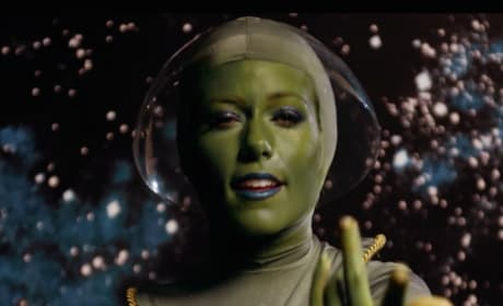 "Kendra Wilkinson ""Lost in Space"" Music Video: Yes, This Actually Exists!"