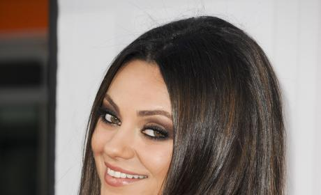 Mila Kunis and Ashton Kutcher: Non-Exclusively Hitting It!