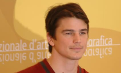 Scarlett Johansson and Josh Hartnett Move in Together, Plan to Have Lots of Sex
