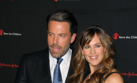 Ben Affleck: Living in Hotels, Pressuring Jennifer Garner For Divorce?