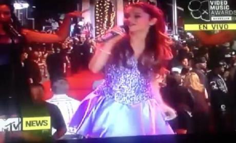 Ariana Grande MTV VMA Performance 2013