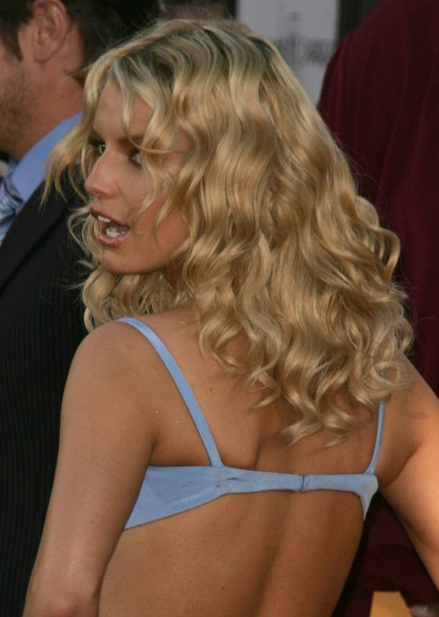 jessica simpson to release lingerie line