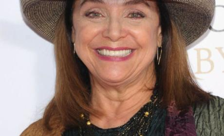 Valerie Harper To Be On DWTS Despite Brain Cancer