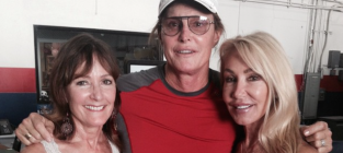 Bruce Jenner Poses with Two Ex-Wives, Sticks It to Kris