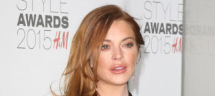 Lindsay Lohan Posts Naked Butt Selfie to Celebrate Birthday