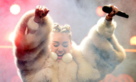 Miley Cyrus Fur Coat Pic