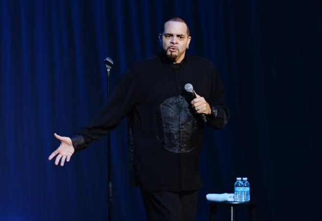 Sinbad on Stage