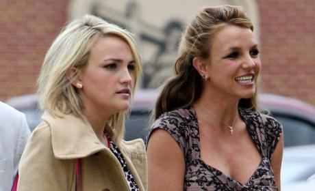 "Jamie Lynn Spears-Britney Spears Duet: Revealed on ""Britney Jean"" Album Track List!"