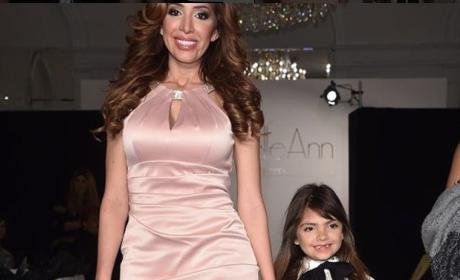 """Momager"" Farrah Abraham Parades Sophia Around Fashion Week"