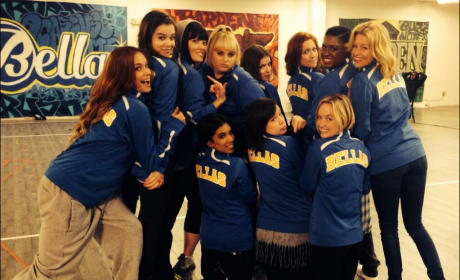 Pitch Perfect 2 Cast Pic: The Bellas Are Back!