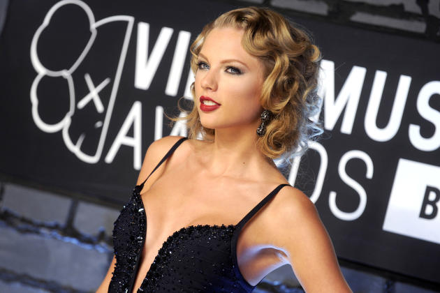 Taylor Swift VMA Look
