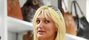 Brooke Hogan is Freaked Out by Charlie Hill