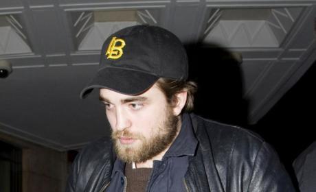 Robert Pattinson: Bearded... and Beautiful?