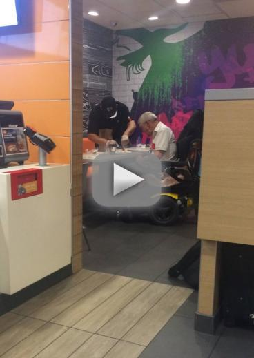 Mcdonalds worker goes viral with pointless action of overwhelming kindnes