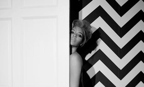 Beyonce Calendar Pose