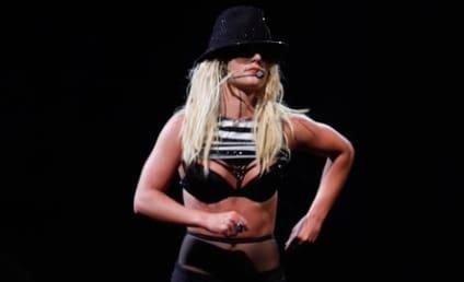 Jamie Spears Does Underwear Check on Britney