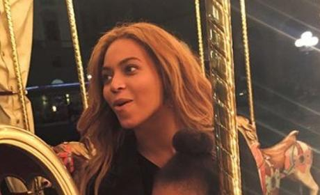 Beyonce and Blue Ivy: Carousel Ballin'
