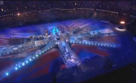 Spice Girls Reunite For Olympics Closing Ceremony