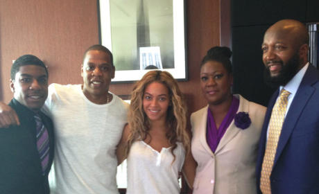 Jay-Z and Beyonce Rally for Trayvon Martin in New York City