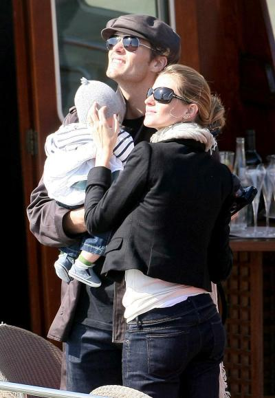 Tom, Gisele and a Son