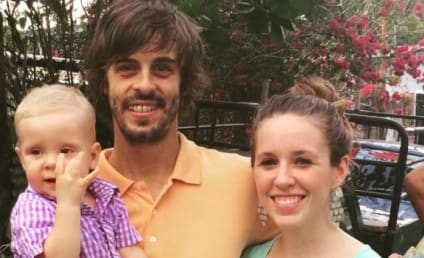 Jill Duggar: Pregnant With Second Child?! New Photo Appears to Show Baby Bump!