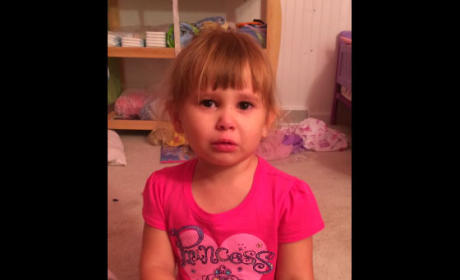 Little Girl Defends Illicit Nail Polishing, Tells Dad to Blame Barbie