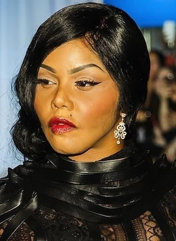 Lil Kim Dyes Hair And Skin Looks Unrecognizable