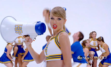 Taylor Swift as a Cheerleader