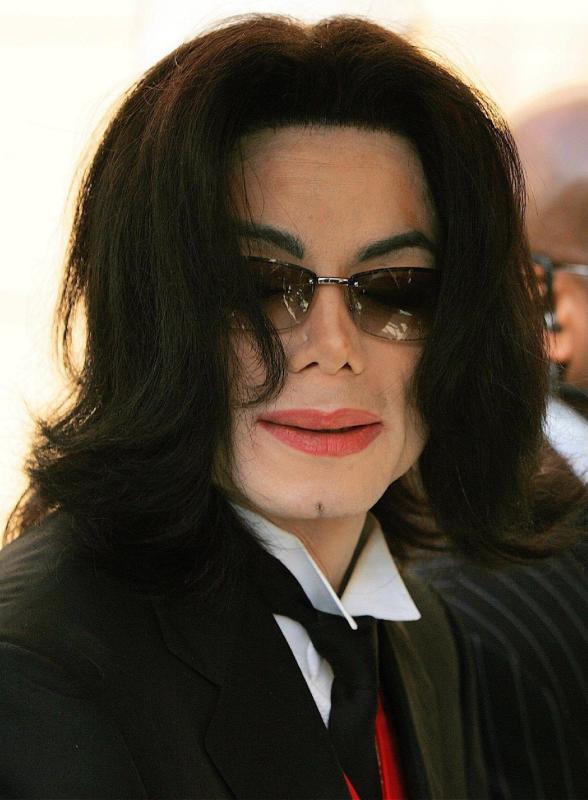 Michael jackson hearing pic