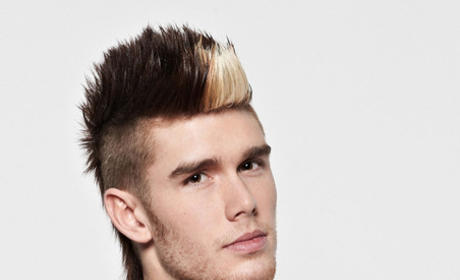 Colton Dixon: The Tim Tebow of American Idol?