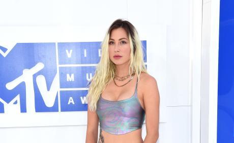 Bebe Rexha VMAs 2016