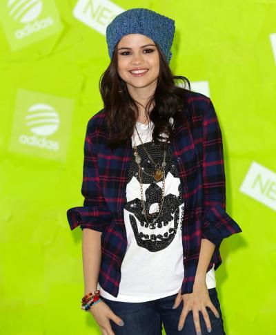 Selena Image
