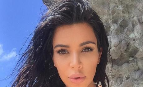 Kim Kardashian: Look at My Lips!