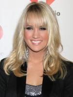 Carrie Underwood, Bangs