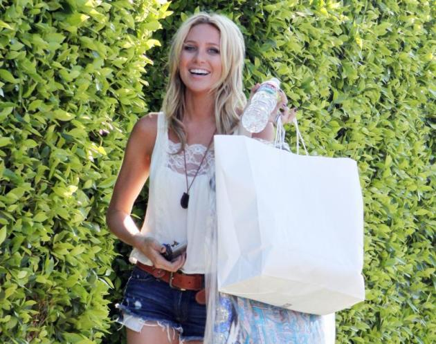 Stephanie Pratt Shops