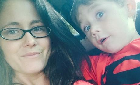 Jenelle Evans Gives Son Mohawk, Poses in Bikini, Laughs Off Haters